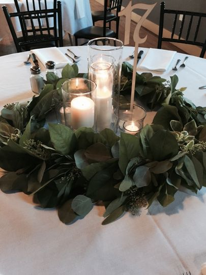 One of two Centerpieces