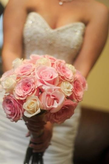 Pave of roses Bridal bouquet