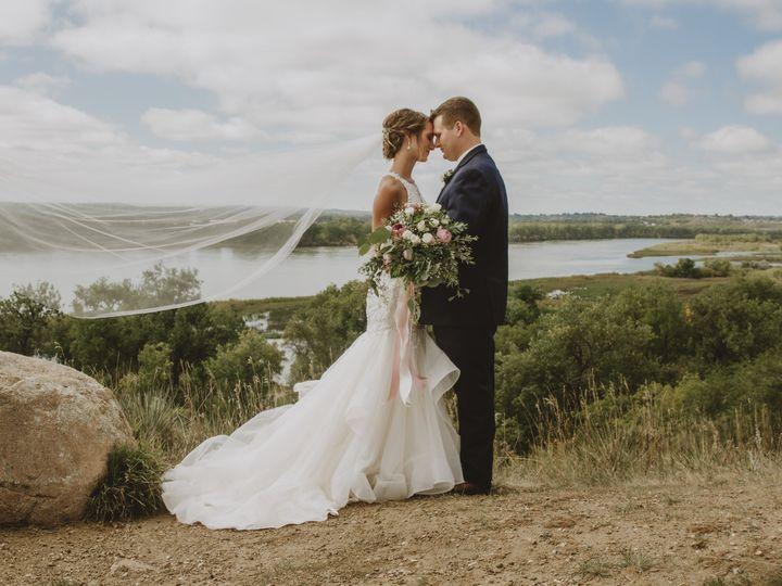 Tmx Img 0542 51 1169591 161325404072663 Tappen, ND wedding photography
