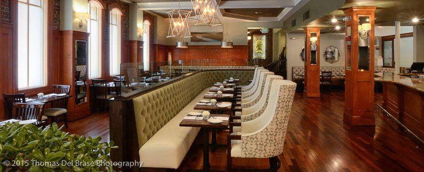 4bf8883874139d98 220 Restaurant 3