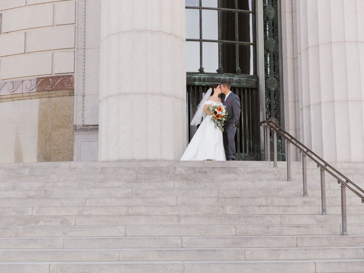 Tmx 3m1a1440 51 2020691 161627607199022 Valparaiso, IN wedding photography