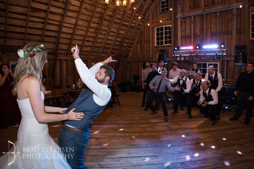Jenn & Adam, Bloom Lake Barn