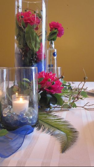 Modern tablescape featuring Royal blue and Magenta