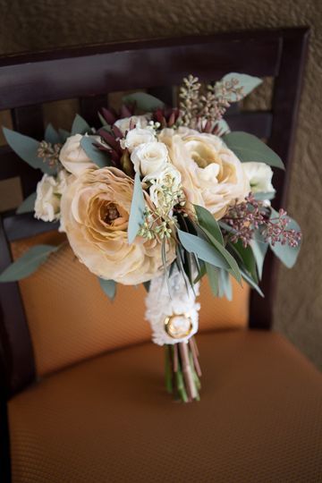 Hybrid Style Rustic bouquet