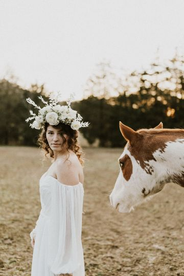 Flower crown - Robyn Lindsey Photography