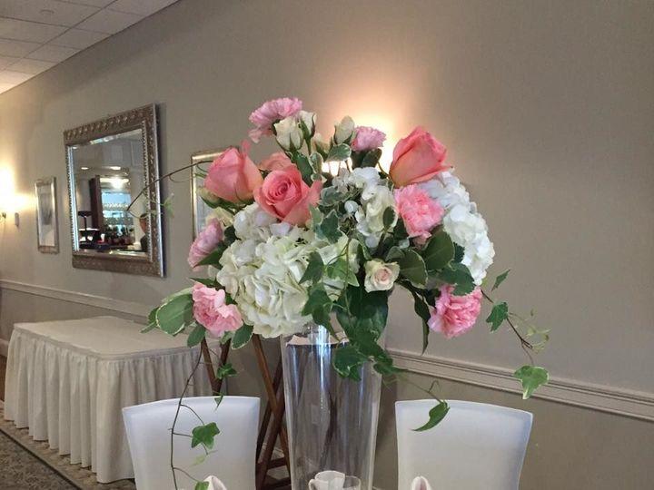 Tmx 1529209708 494361d5fc252f1b 1529209707 3cf58b43963af2ae 1529209704659 2 13174193 115083050 Quincy, MA wedding florist