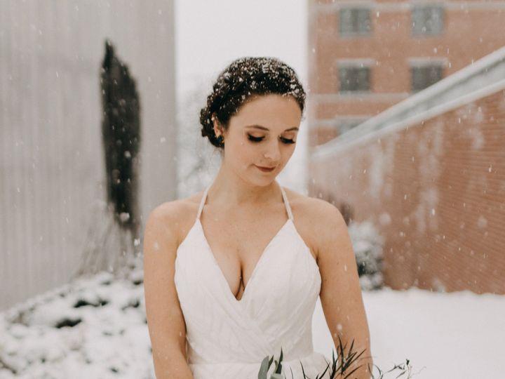 Tmx 1521504517 02965356be7097ca 1521504516 2b3f628db688c721 1521504515597 1 IMG 3954 Portland wedding beauty