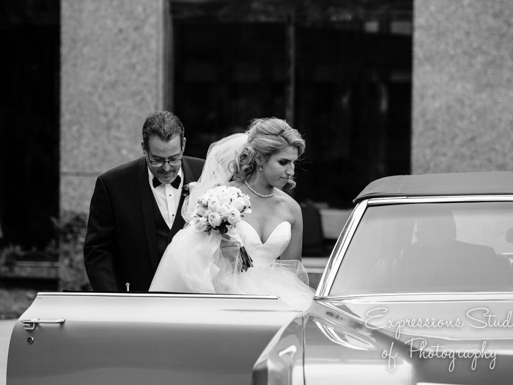 Tmx Bernstein 1909 51 111791 V2 East Amherst, NY wedding photography