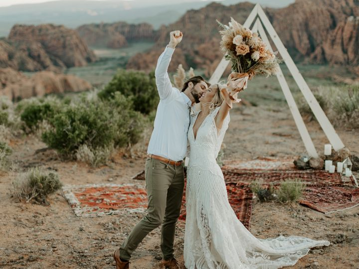 Tmx Bf1a1632 51 1041791 1568410513 Oak Harbor, WA wedding photography