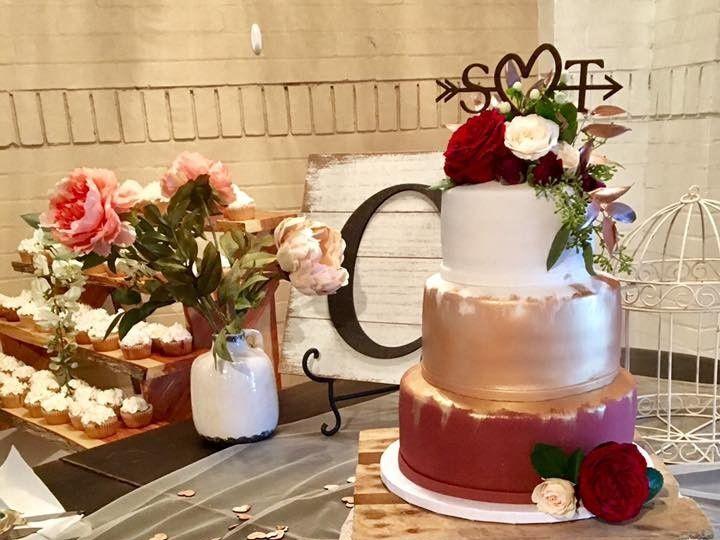 Tmx 1510274826644 Nov 1 Rossford, OH wedding cake