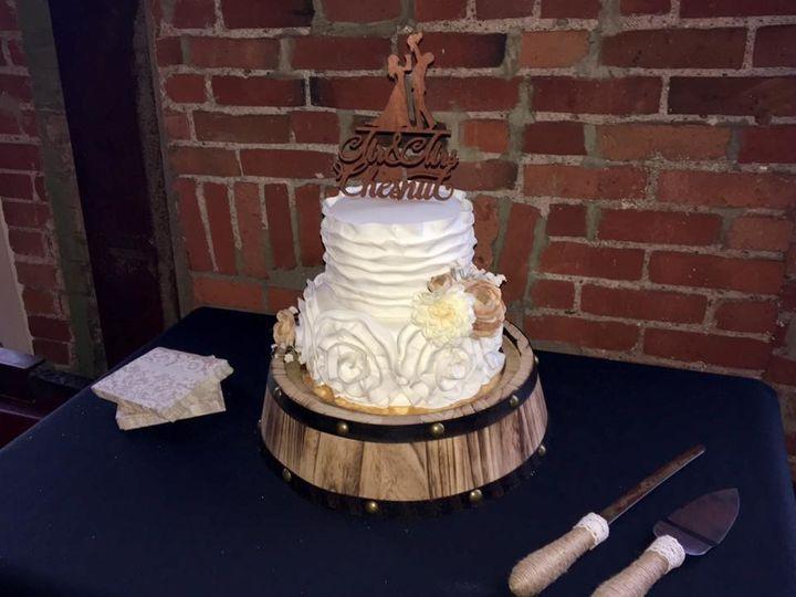 Tmx 1510629688193 Wedding17 Rossford, OH wedding cake