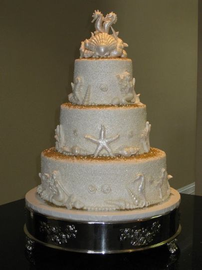 800x800 1254014177393 chrisandrandysweddingcake014