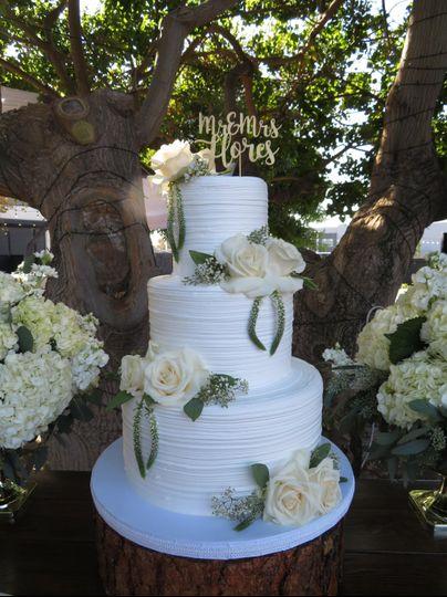Jose and Lorena wedding cake
