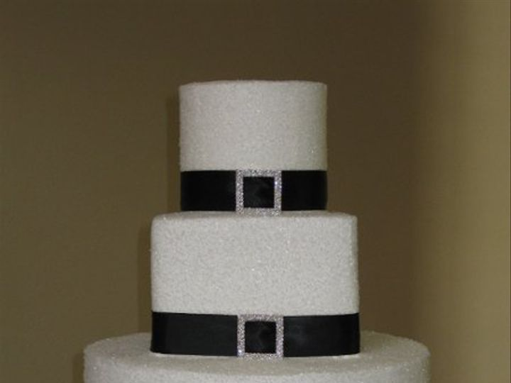 Tmx 1275183566415 CakeStudio008 Azusa, California wedding cake