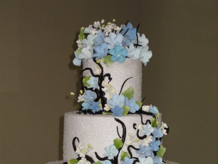 Tmx 1279430387815 BrianKellyandMeganWeddingCake043 Azusa, California wedding cake