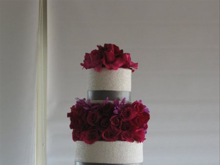 Tmx 1285473044295 DominiqueandJeremiahWeddingcake005 Azusa, California wedding cake