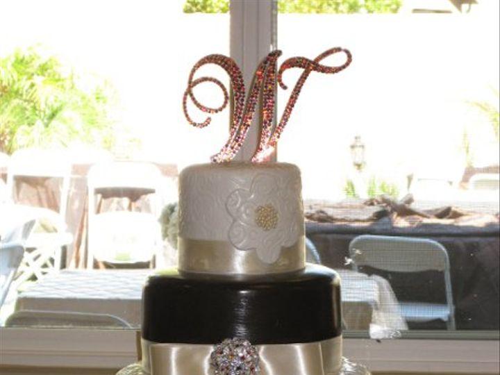 Tmx 1311489213754 MoriaandJamesWeddiingCake012 Azusa, California wedding cake