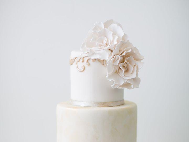 Tmx 1479302989 6a0e551463e4c516 7010 Amesbury, Massachusetts wedding cake