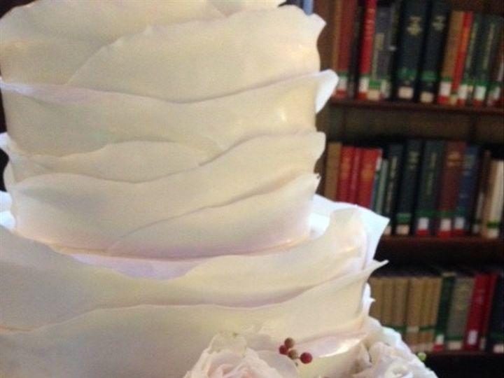 Tmx 1479303369814 Bplruffles1 Amesbury, Massachusetts wedding cake
