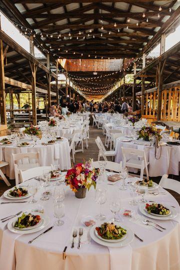 revel and nest ithaca farmers market wedding e p 487 51 1015891 1567606888