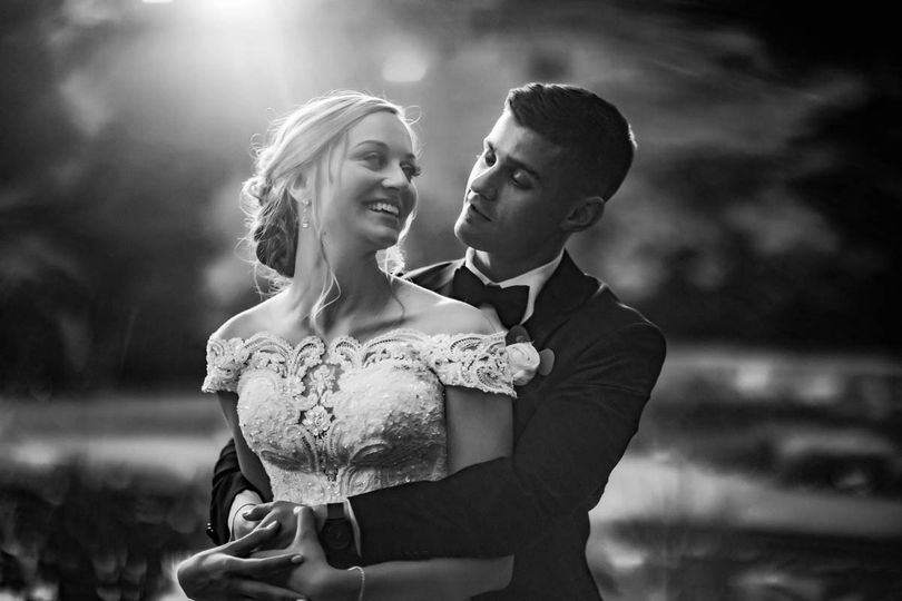 strong mansion wedding 42 51 946891 1561735825