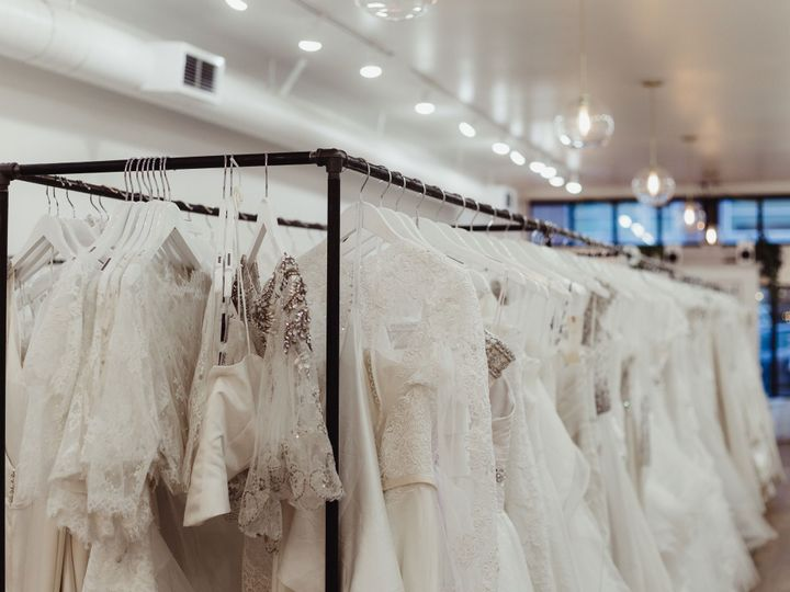 Tmx 1520716823 3214c67580243213 1520716822 983ef1e34c603d27 1520716808735 2 6A3A4005 Tacoma, Washington wedding dress
