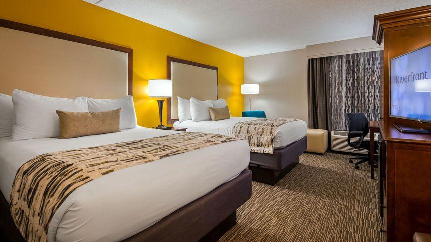 Standard 2 queen bedded room