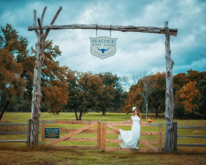 800x800 1425678185977 ranch wedding venue gate