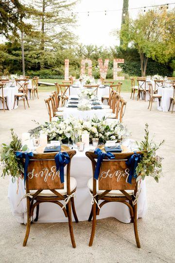 Beautiful Table - Tan Weddings