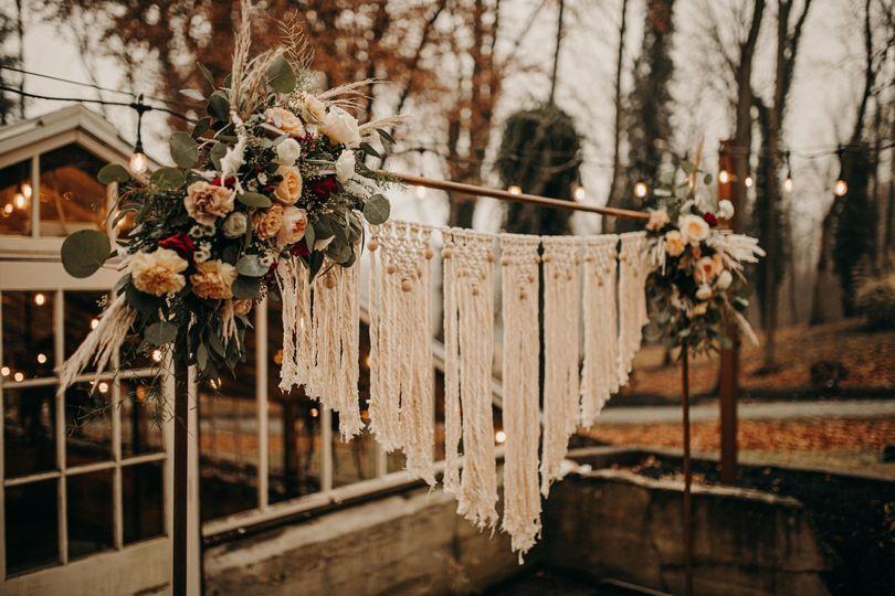 Rustic arch florals