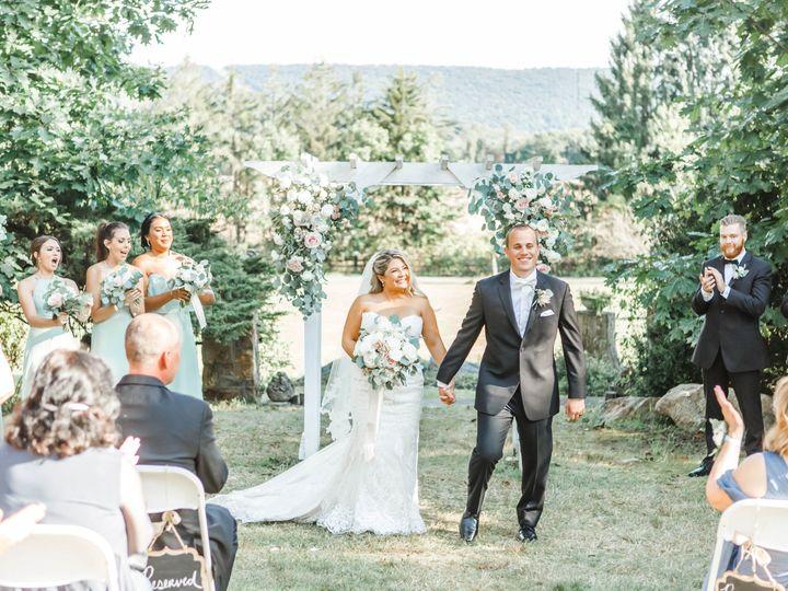 Tmx 91120 15 51 1905991 160971882554242 Mechanicsburg, PA wedding florist