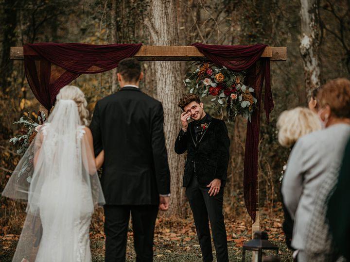 Tmx Austin Crying 10 31 51 1905991 160971888144248 Mechanicsburg, PA wedding florist