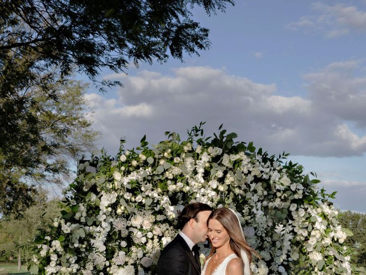 Tmx Hannah And Stoian Flower Wall1 51 915991 157974536986894 Scotch Plains, NJ wedding planner