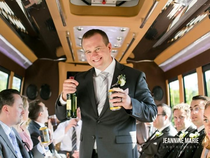 Tmx Limo Bus 3 51 1055991 1555440055 Minneapolis, MN wedding transportation