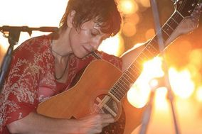 Kelly Birtch / Guitarist