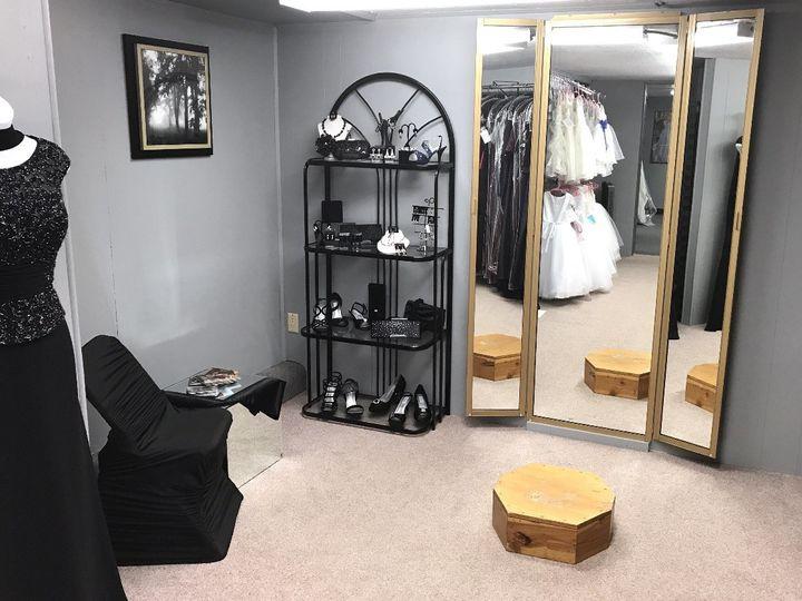 Tmx 1496680973858 Fullsizerender 13 Dubuque wedding dress