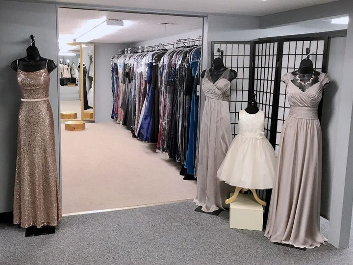 Tmx 1496681053565 Fullsizerender 23 Dubuque wedding dress