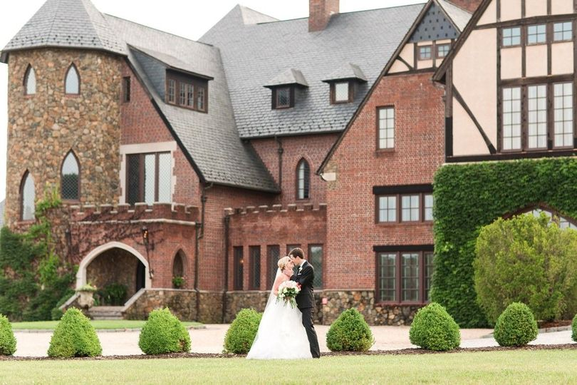 58105a52eee23583 1497379883438 an elegant country estate wedding at dover hall