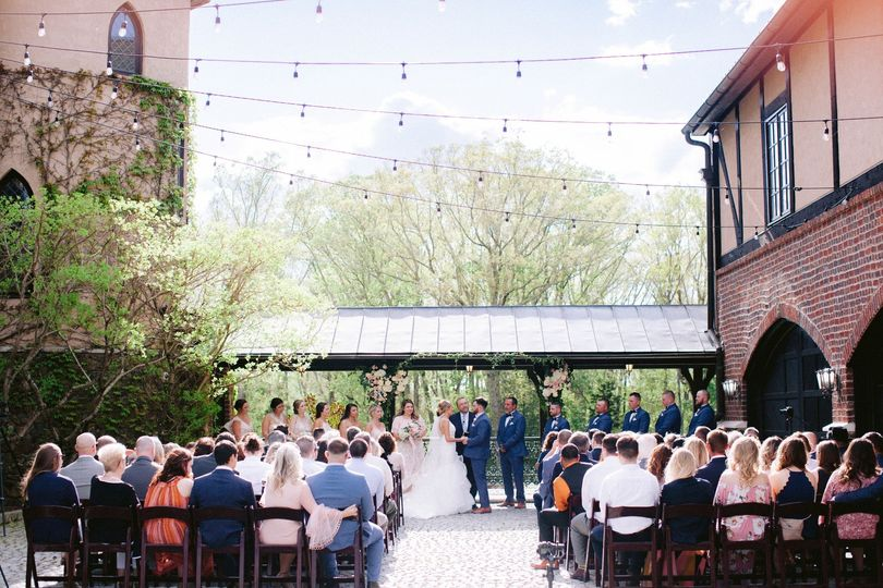 Cobblestone Courtyard Ceremony