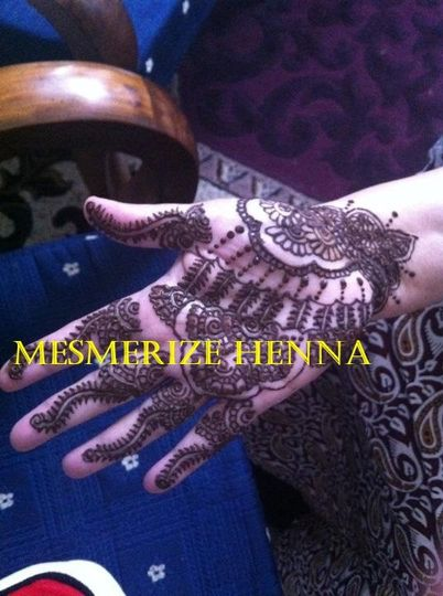 Full Traditional Hand Design