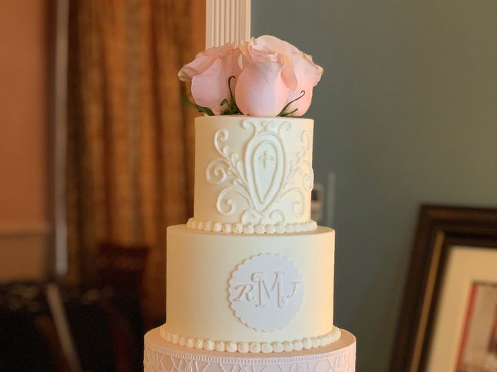 Tmx Elegance 51 524002 1569788303 Winchester, District Of Columbia wedding cake
