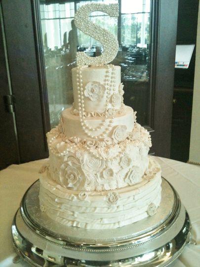 800x800 1416344531250 Peral Elegance Cake