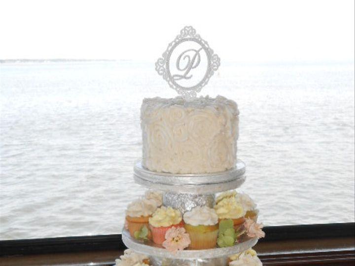 Tmx 1416349108422 Cupcake Rose Elegance Destin, FL wedding cake