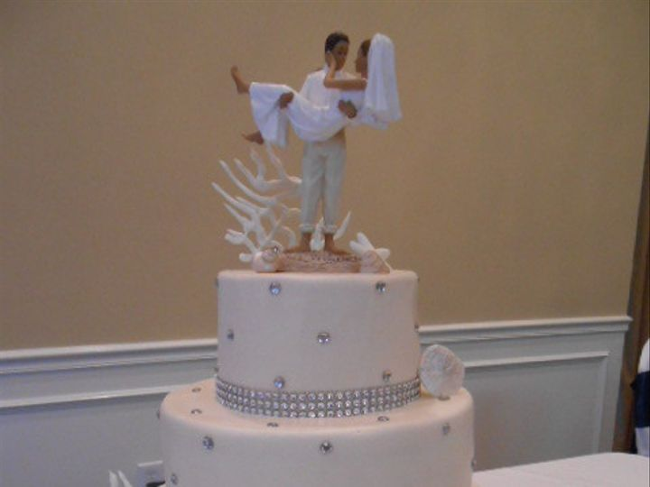 Tmx 1416349831939 Crystal  Rinestone Elegance 2 Destin, FL wedding cake