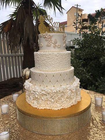 Tmx 1532989135 4d9e069a9840e068 1532985763 449bfa900234bc5f 1532985762 0d77a4546c322ea7 153298 Destin, FL wedding cake