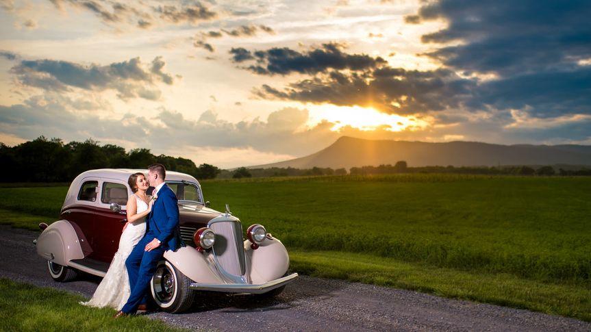 070d315cdea11e46 1534253835 aa61bfa7451ebe9b 1534253826335 6 TS Weddings 6 of
