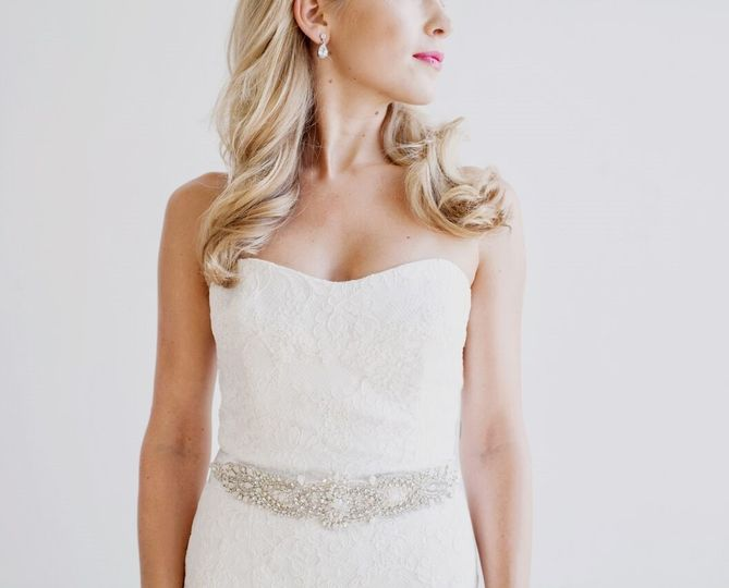 Classic wedding dress fit