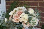 Lasting Florals Florist image