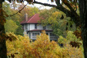 Exterior view of Wildwood Springs Lodge