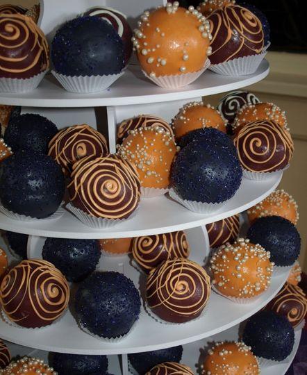 Cake Bombs, individual ball-shaped mini cakes